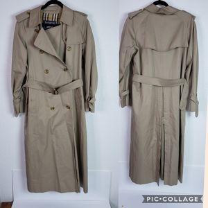 Burberry vintage trench coat sz XL
